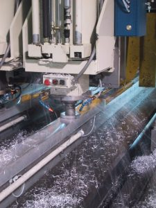 Aircraft spar milling with Accu-Lube